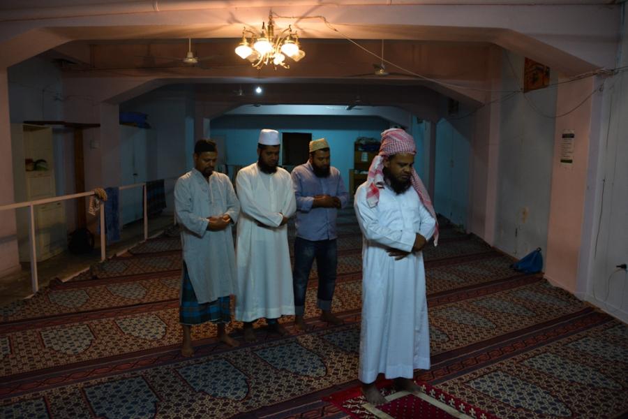 सऊदी में सारे मस्जिद बंद करने का आदेश, नमाज़ पर इतिहास में लगी पहली बार रोक, 1 महीने तक के लिए बंद