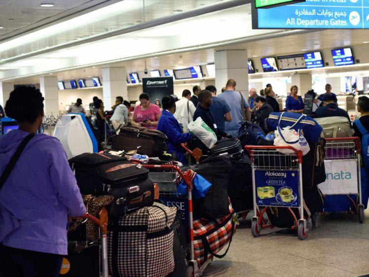 अरब से आख़िरी FLIGHT आज रात 12 बजे तक, फिर अगले 14 दिन के लिए सारे FLIGHT बंद